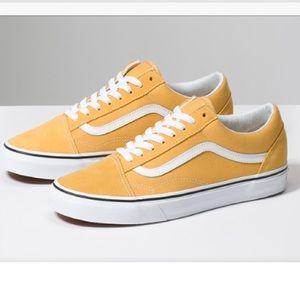 Yellow Suede Old Skoog Vans